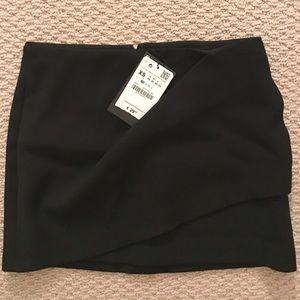 *NEW* Zara Black Mini Skirt XS