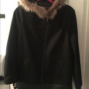 New Banana Republic Fur Hood Jacket Size Small