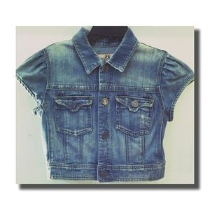 Cropped S/S Denim Jacket by Juicy Couture Sz M
