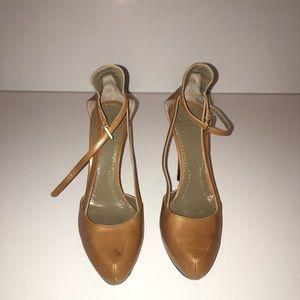 Givenchy tan heel