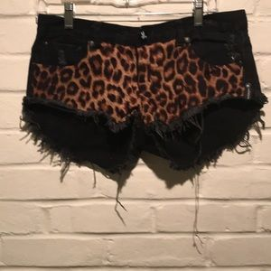 One Teaspoon Black Cheetah Leopard Shorts