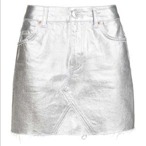 Topshop, us 4, moto coated silver skirt