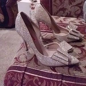 Gold Betsey Johnson heels