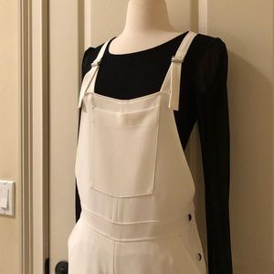 Elizabeth and James white size 0 overalls