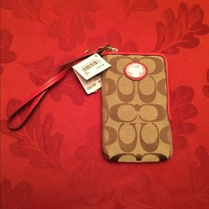 NWT Coach Zip Around Wristlet