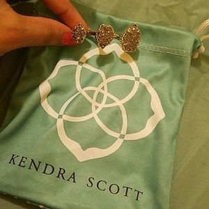 Kendra Scott drusy ring (pouch included)
