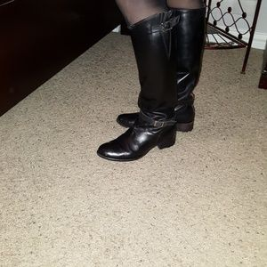 Charles David boots size 9, made in Italy