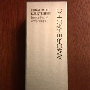 Amore Pacific Vintage Single Extract Essence
