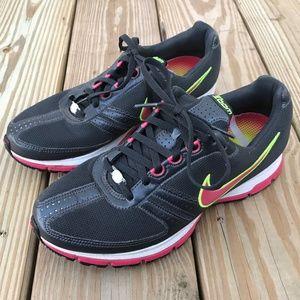 Nike Women's Sneaker Nike Zoom Athletic Shoe Black