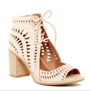 NWOT Jeffrey Campbell Cordillo Ankle Tie Sandals