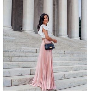 'Alesia' Dusty Pink Pleated Maxi Skirt