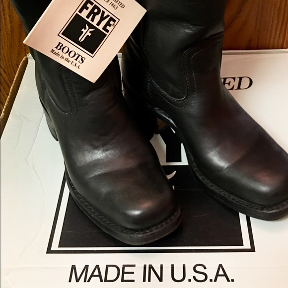 93843d536e8 Vintage Frye Boots #77560-4 Campus