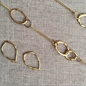 chloe + isabel long necklace and earrings