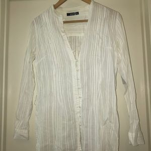 Lightweight whit long shirt