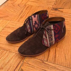 Aztec dark brown suede booties, GUC!