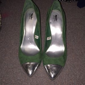 Mossimo green suede heels with silver toe.