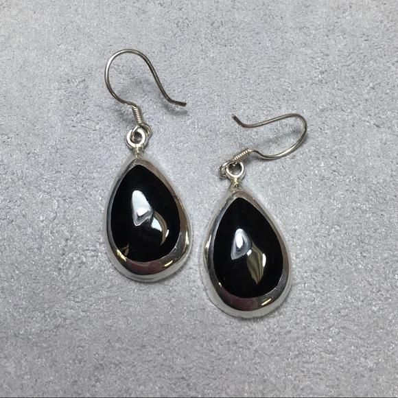 acf8790ee Vintage Sterling Silver Onyx Teardrop Earrings. M_5a150b2d2ba50adb5b01b6b1
