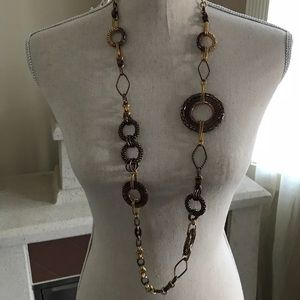 Metal long necklace bronze/brown gold color. Metal