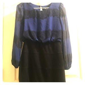 Dresses & Skirts - Women's black and blue long sleeved dress