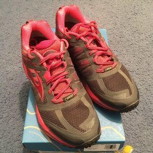 Brooks cascadia 11 GTX shoes