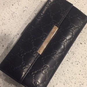 Used Authentic Gucci wallet