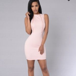 Baby pink💕 Gold zipper dress 👗 Tight fitted