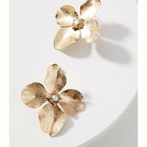 Anthroplogie Primrose post earrings