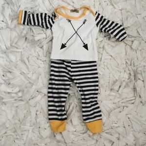 Other - 2 piece baby boy outfit