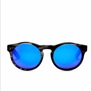 AQS unisex sunglasses NEW   MADE IN ITALY 100% UV