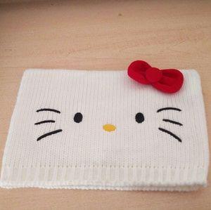 Sanrio Hello Kitty Off White Knit Beanie Hat EUC