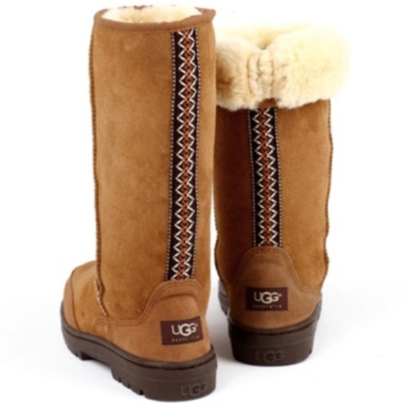 UGG Chestnut Ultra Tall Braid Detail Boots size 7