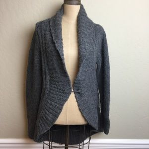 Theory rounded high/low hemline sweater