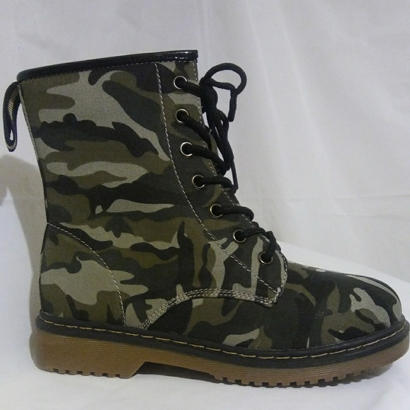 75cf8b747 Link Shoes | Girls Camouflage Combat Boots | Poshmark
