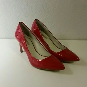 BCBGeneration red patent leather pumps -Size 6
