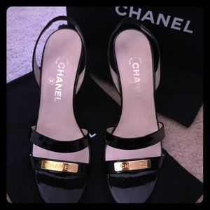 ✅NEW in.. Chanel LIKE NEW strappy heels