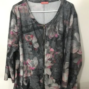 Simply Aster 3X gray and pink top with zipper