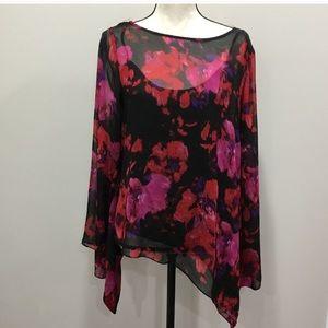 [Vince Camuto] Asymmetrical sheer  floral blouse