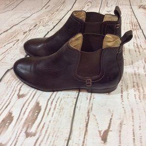 Frye Women's Jillian Chelsea boots size 6M
