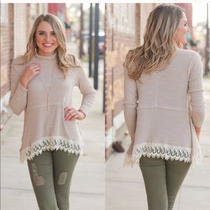 Lace trim mock neck tunic