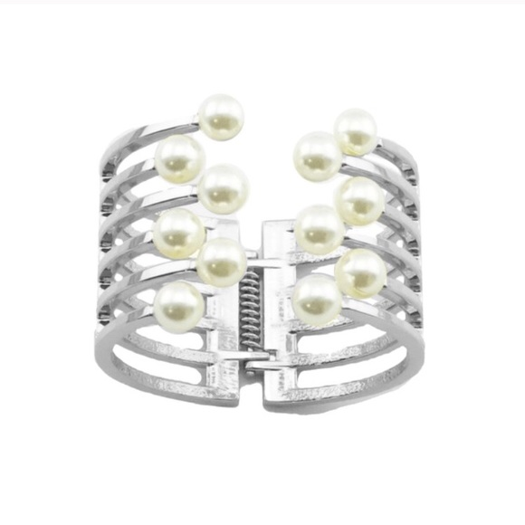 T&J Designs Jewelry - Silver Cluster Pearl Bangle