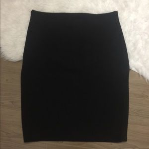 Black midi skirt size XL stretchy with zipper