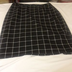 TOMMY HILFIGER BLACK AND WHITE PENCIL SKIRT SIZE 0