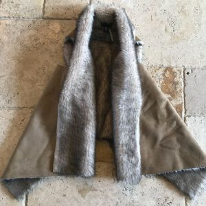 NWT faux suede and fur vest L/XL