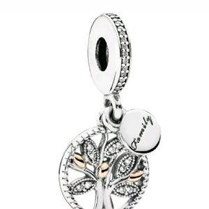Jewelry - Pandora Family Tree Heritage CZ Charm