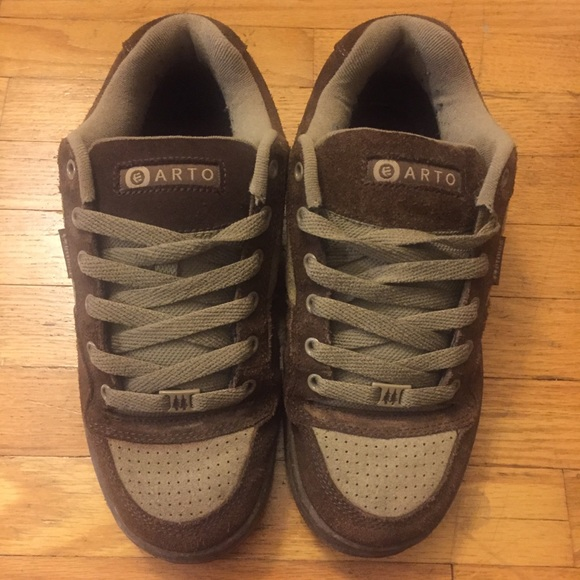 a5bff1d454bf5 Etnies skate shoes