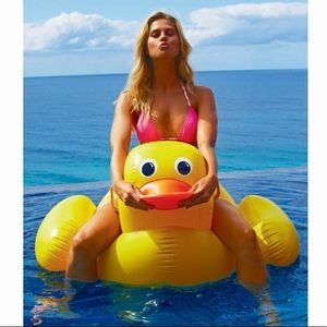 Sunnylife Really Big Inflatable Yellow Duck Float