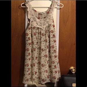 Maternity lace blouse