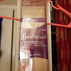 NWT ! 18 inch Human hair extensions
