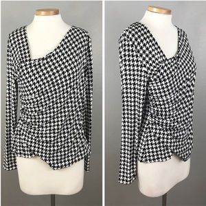 Vince Camuto Houndstooth Black White Stretch Top