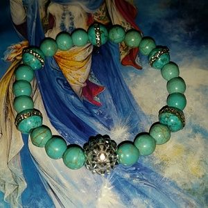 Crystals and turquoise natural stones stretch